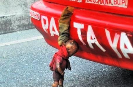 Gantung Boneka Di Bumper Kereta Untuk Roh Mangsa Kemalangan?