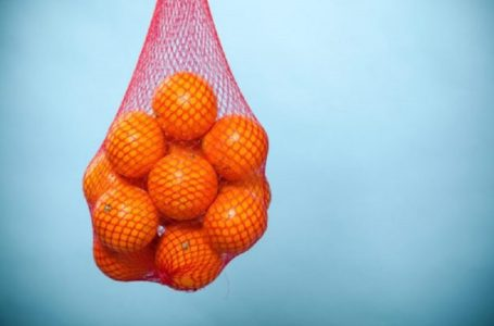 Kenapa Yer Buah Oren Dijual Dalam Beg Jaring Merah?