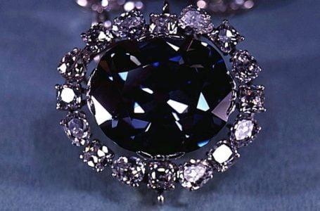 Hope Diamond: Misteri Batu Permata Pembawa Malang
